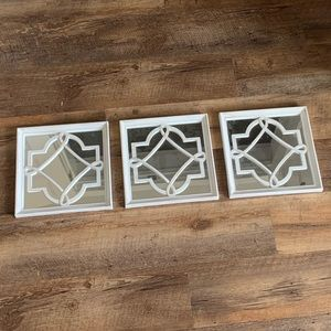 Set of 3 white mirrors